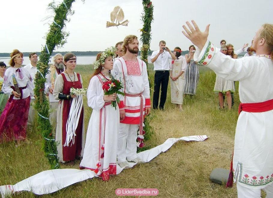 В Древней Руси годовщины свадеб особо не отмечали