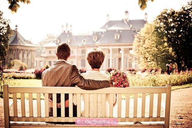 Особенности и традиции Топазовой свадьбы