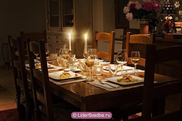 Хорошей идеей будет отметить юбилей свадьбы в семейном кругу