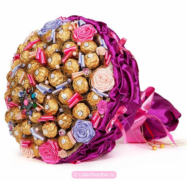 Оригинальный букет из конфет