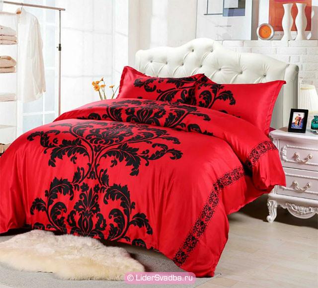 Родственники могут подарить комплект красного постельного белья