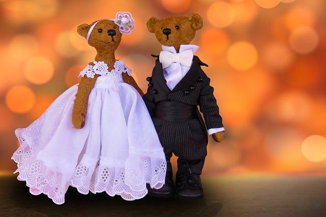 Традиции 7-й годовщины свадьбы