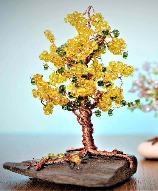 Медное украшение или сувенир считались одним из обязательных подарков на этот юбилей.
